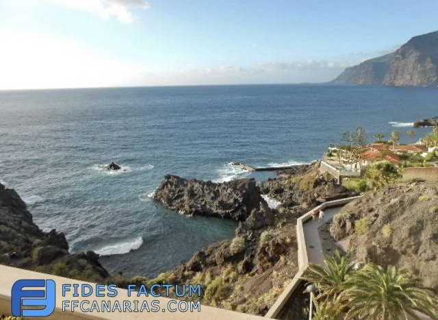 Penthouse in overlooking the sea in Los Gigantes, Santiago del Teide, Tenerife.