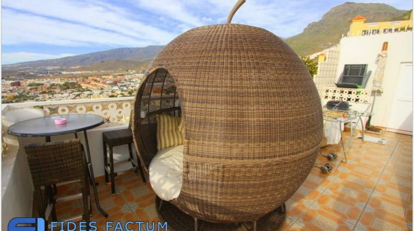 Villa in complex Las Mimosas, in Torviscas Alto, Adeje, Tenerife