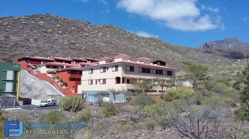 Townhouse in complex Mirador del Roque in El Madroñal, Adeje, Tenerife