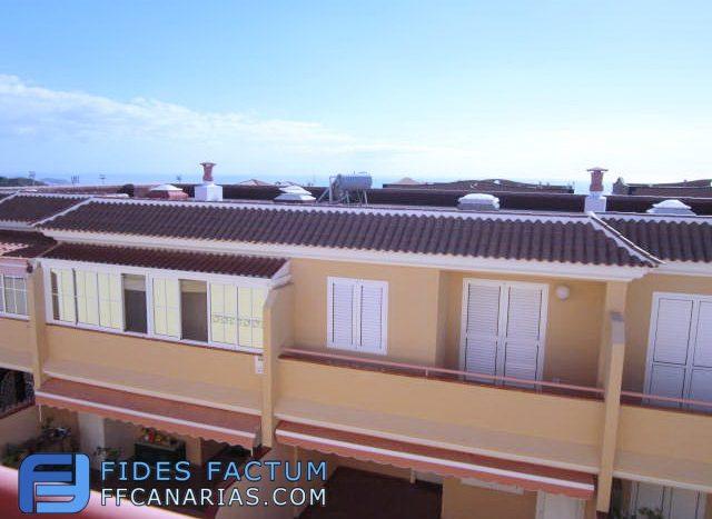 Townhouse in El Galeon, Adeje, Tenerife
