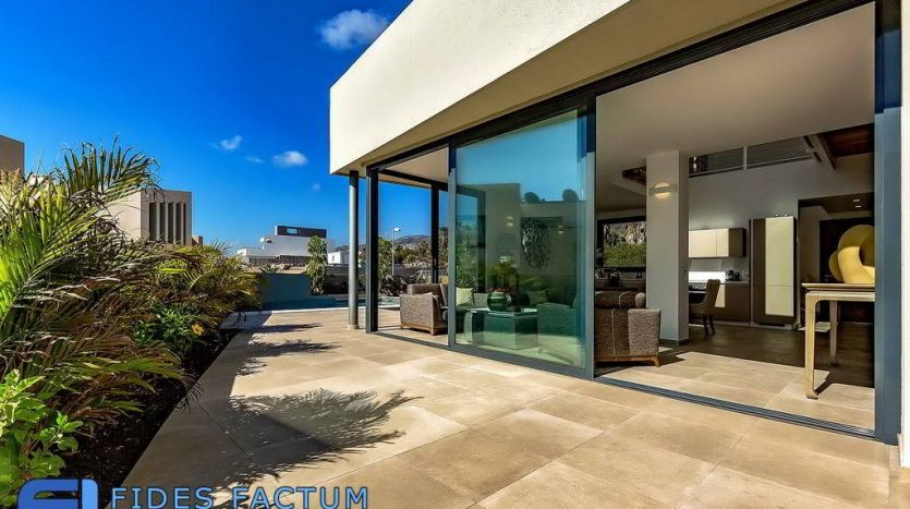 Luxury Villa in Villas Caleta Golf Fase II in Costa Adeje, Tenerife