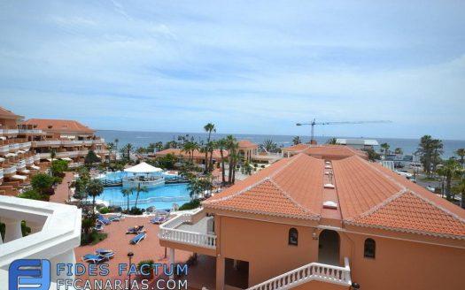Penthouse in the complex Tenerife Royal Garden in Playa de Las Américas, Arona Tenerife