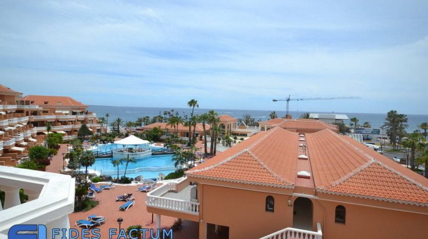Penthouse in the complex Tenerife Royal Garden in Playa de Las Américas, Arona Tenerife
