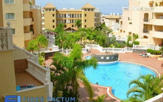 Duplex in the complex Parque Tropical in Los Cristianos, Arona, Tenerife