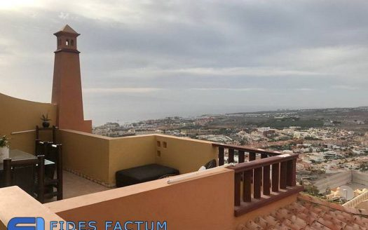 Apartment in the complex Terrazas del Conde I in Roque del Conde, Adeje, Tenerife