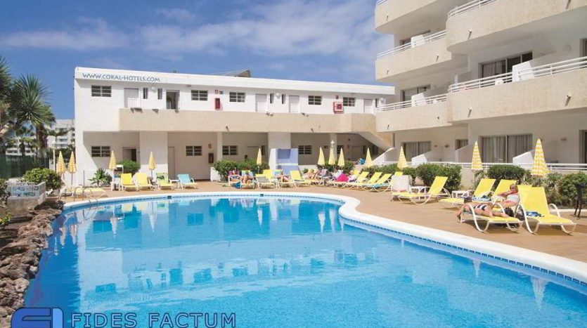 Apartment in the complex California in Playa de las Americas, Arona, Tenerife