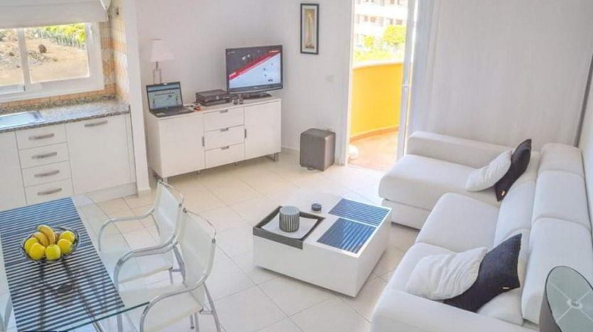 Apartment in the complex Parque Tropical in Los Cristianos, Arona, Tenerife