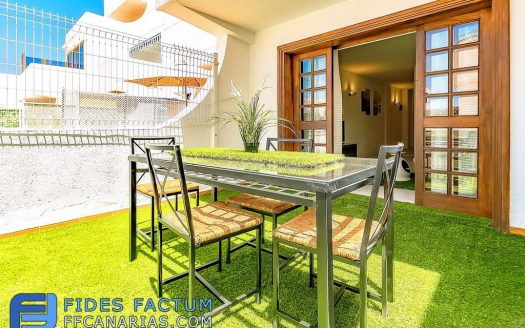 Apartment in the complex Parque Royal I in Fañabe, Adeje, Tenerife