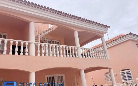 Apartment in the complex Atlántico Palace in Callao Salvaje, Adeje, Tenerife