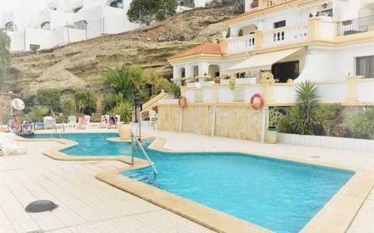 Apartment in the complex Windsor Park in Torviscas Alto, Adeje, Tenerife