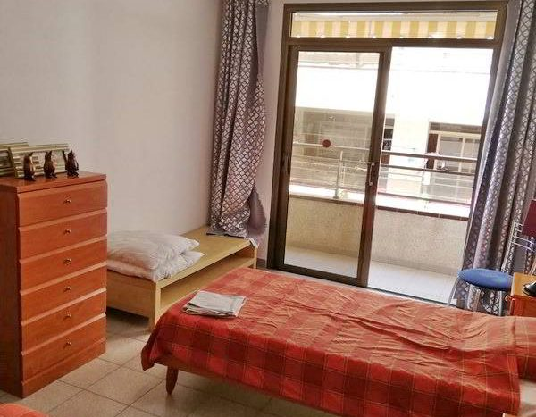 Apartment in the complex Valdes center in Los Cristianos, Arona, Tenerife