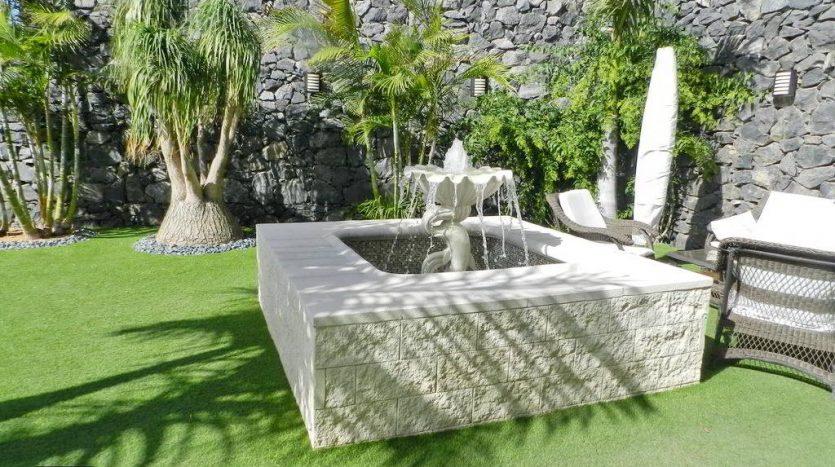 Villa Lux in Caldera del Rey, Playa de las Americas, Arona, Tenerife